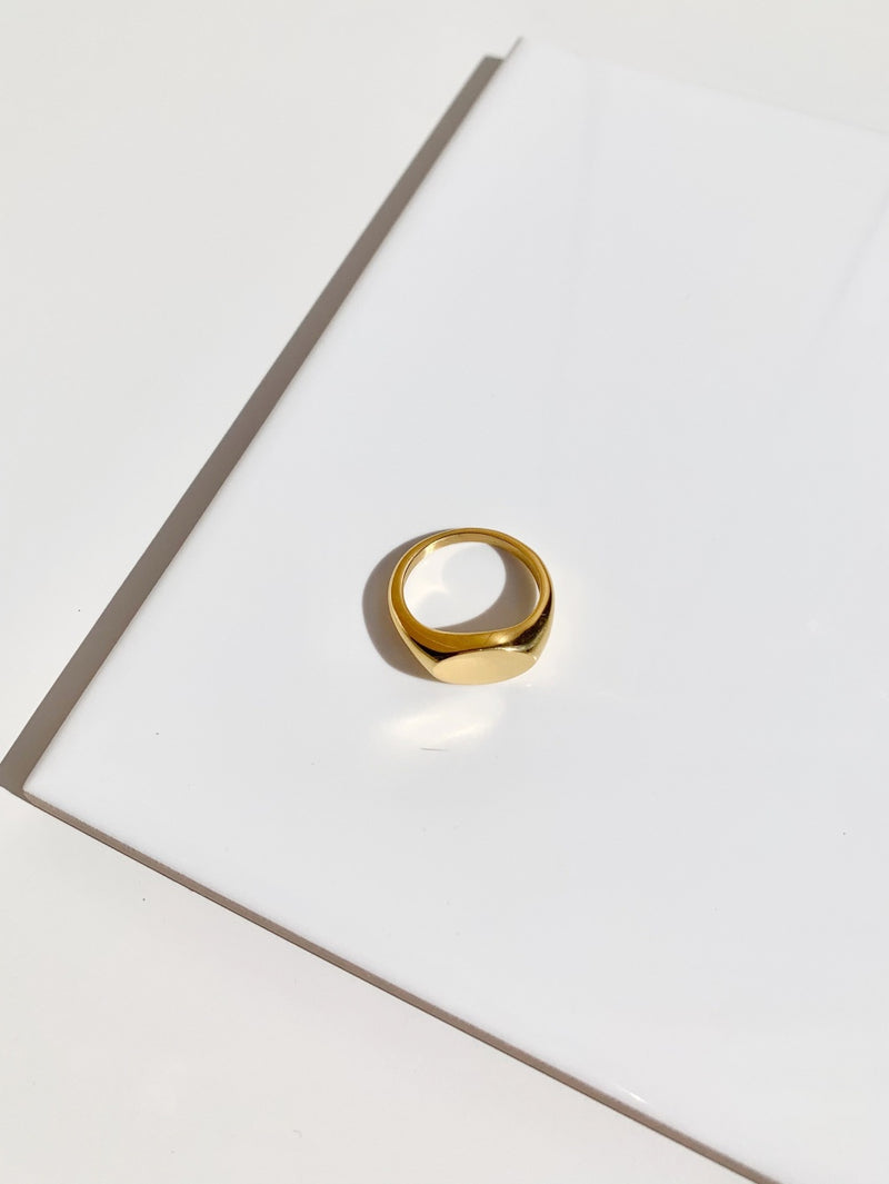 Gold-signet-statement-ring-stainless-steel-plating