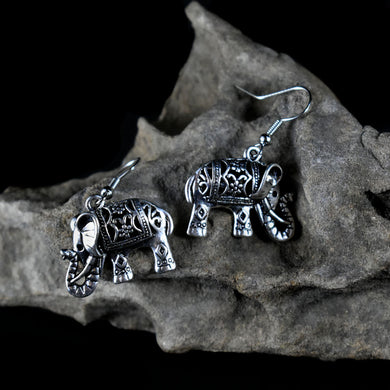 Earrings~ Elephant 1