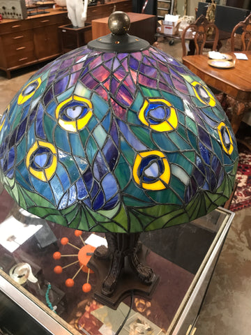 Tiffany style Peacock glass table lamp
