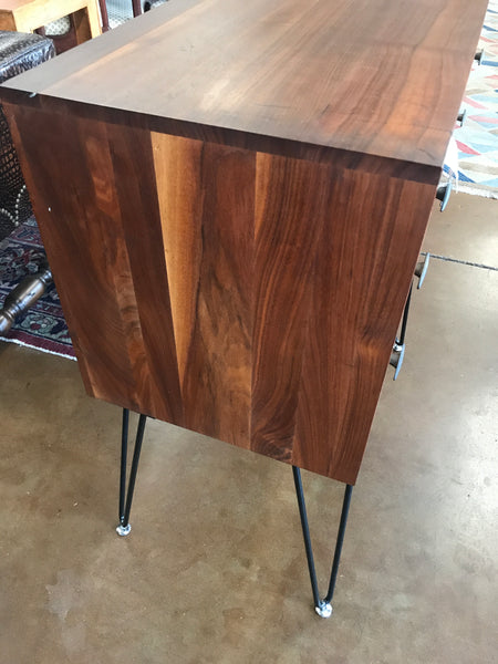 Mid-Century Modern 3 drawer chest
