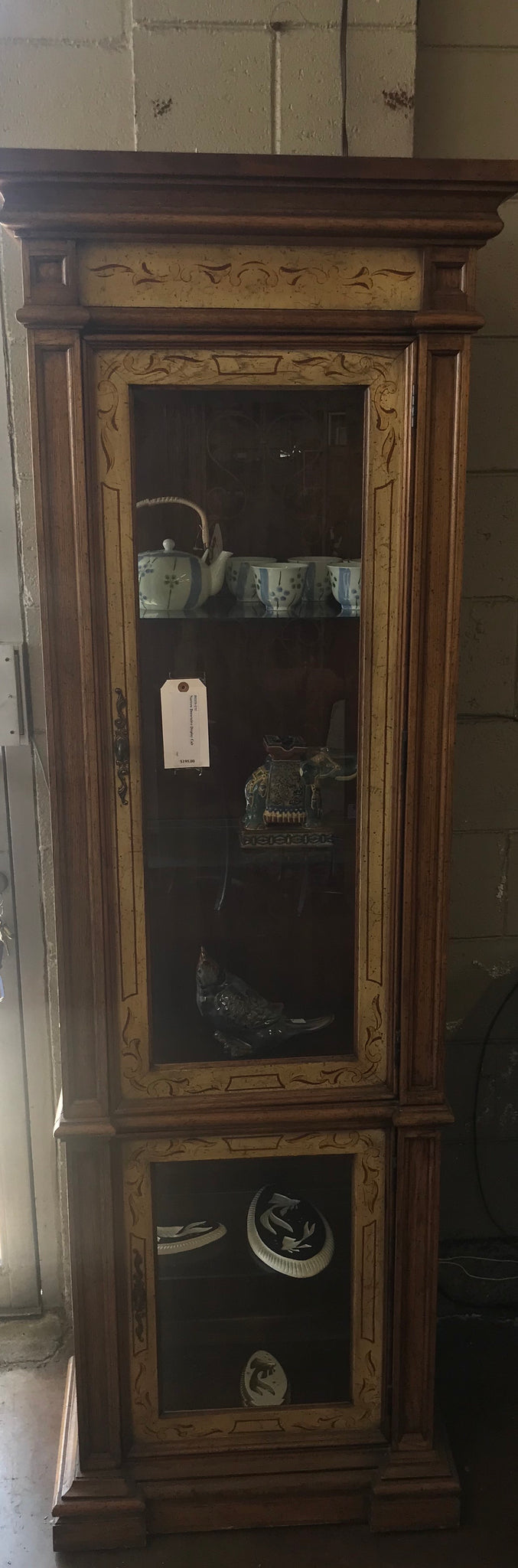 Narrow decorative display cabinet