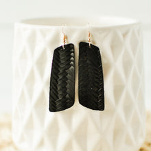 Load image into Gallery viewer, Onyx Woven Aria Earrings