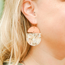 Load image into Gallery viewer, Olive & Gold Saddie Earrings