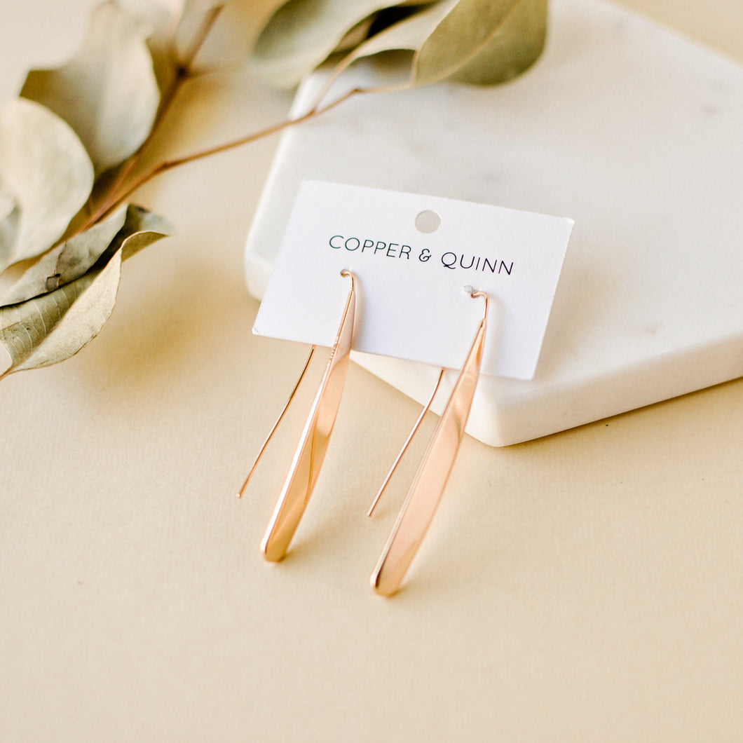 Simple Gold Willow Earrings