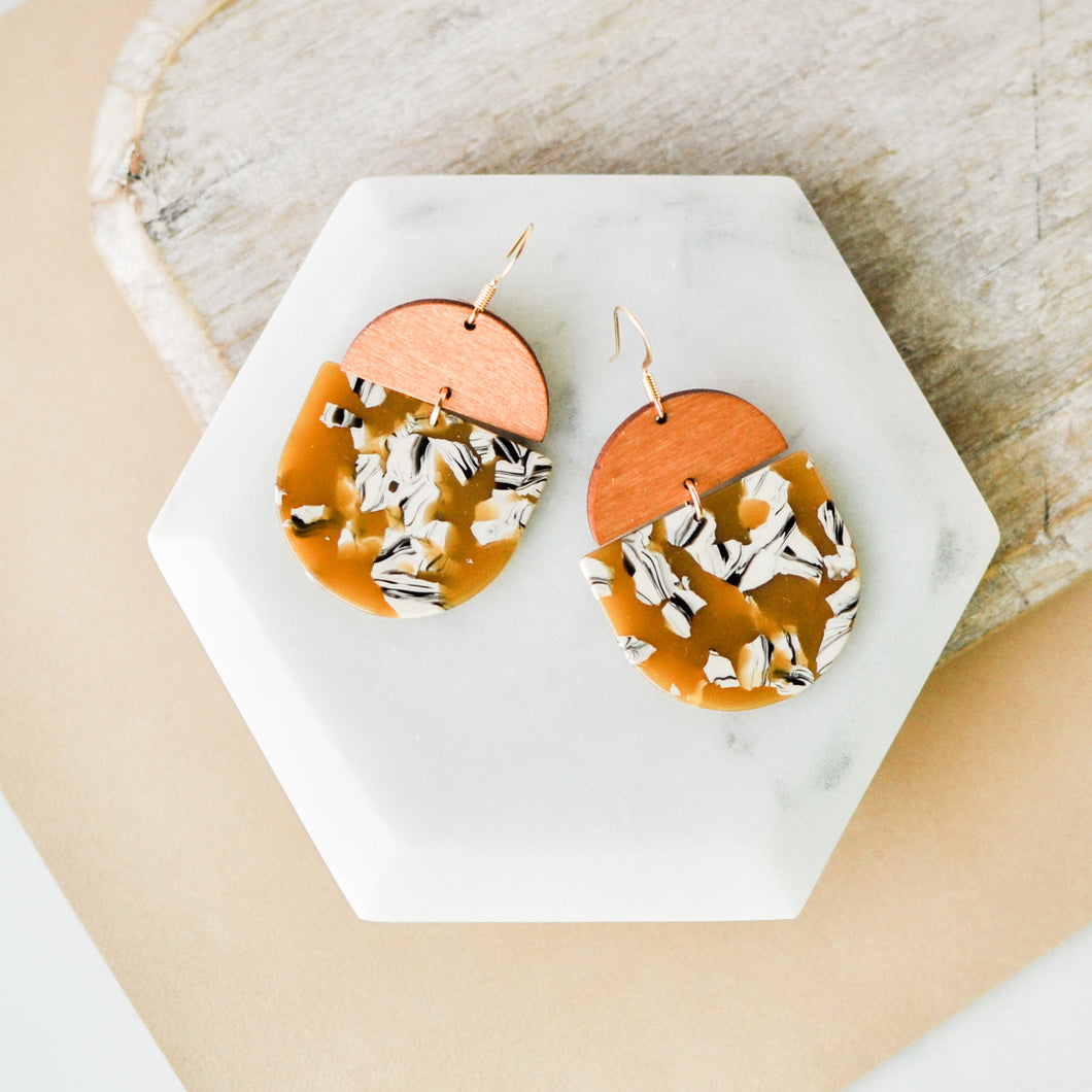 Calico & Walnut Saddie Earrings