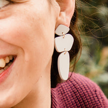 Load image into Gallery viewer, Matte Gray Waverly Earrings