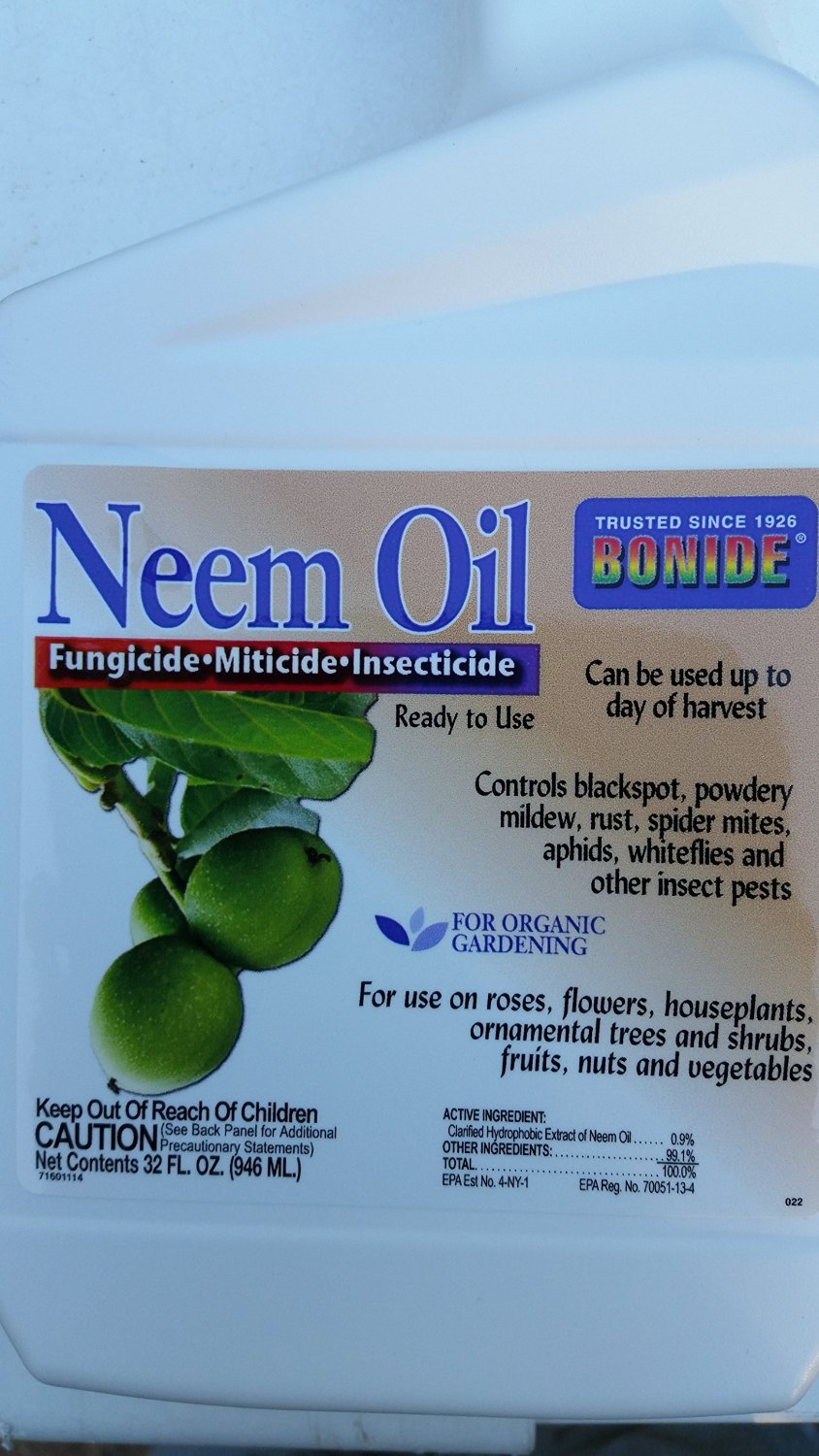 ( 32 oz) NEEM OIL ORGANIC, (ready to use), excellent organic pesticide, fungicide- made from natural neem tree seeds.great for vegetable gardening, fruit gardening and ORGANIC GARDENING, no mixing necessary, just aim and spray