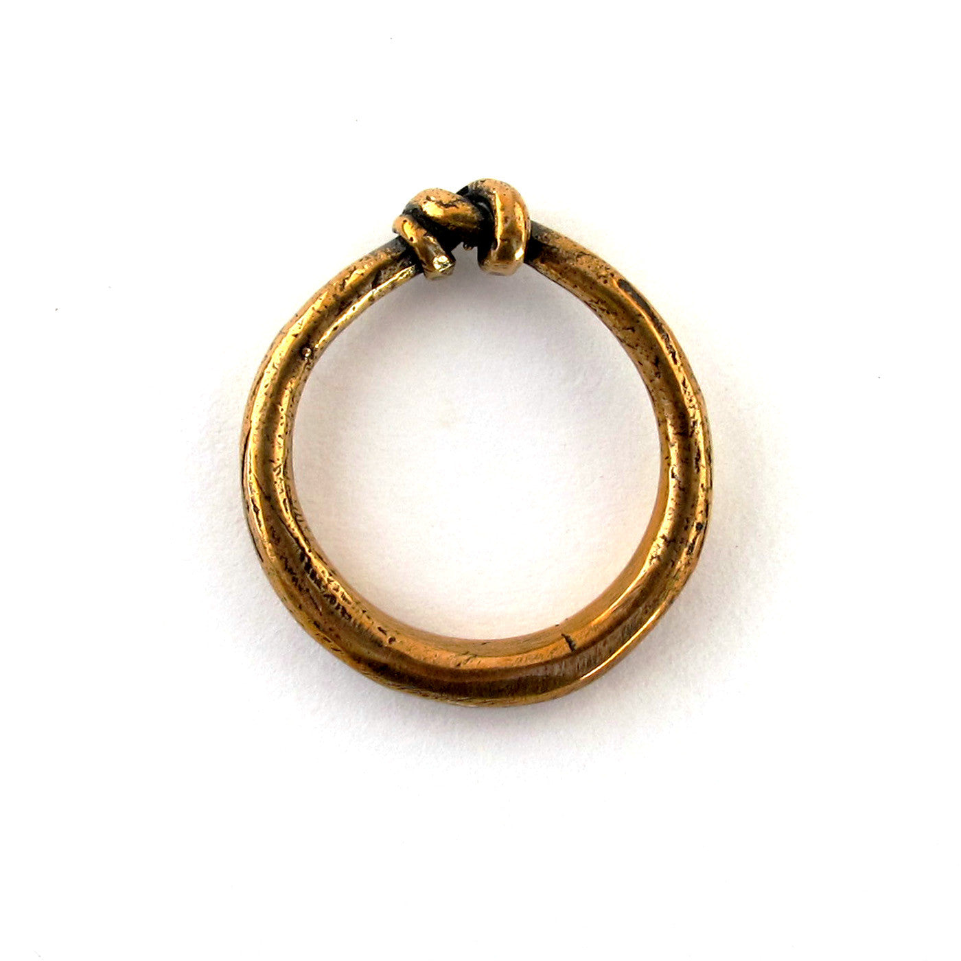 Small Knotted Ring