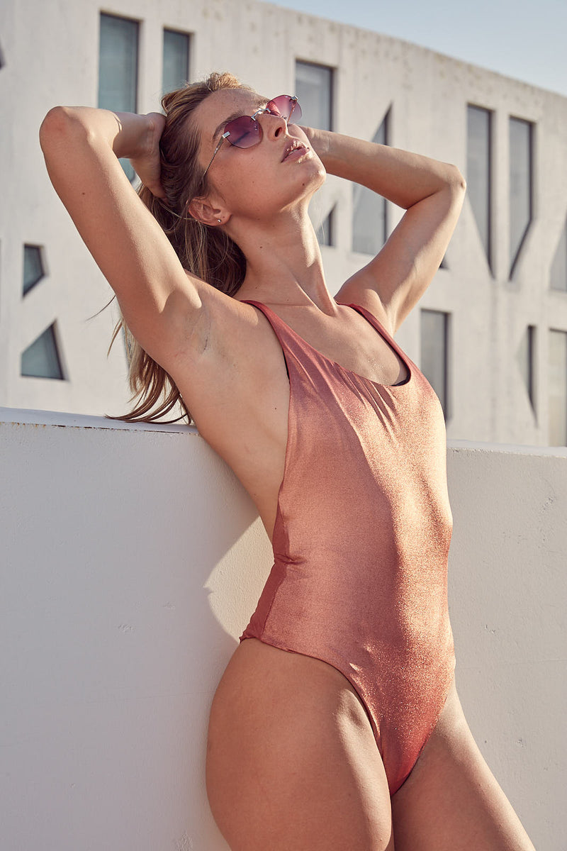 Y-Back Metallic One Piece Maillot