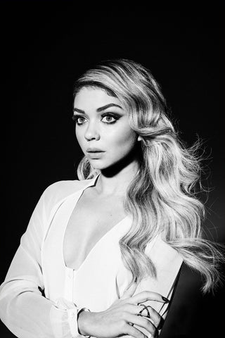 Sarah Hyland - Studded Interlock Ring