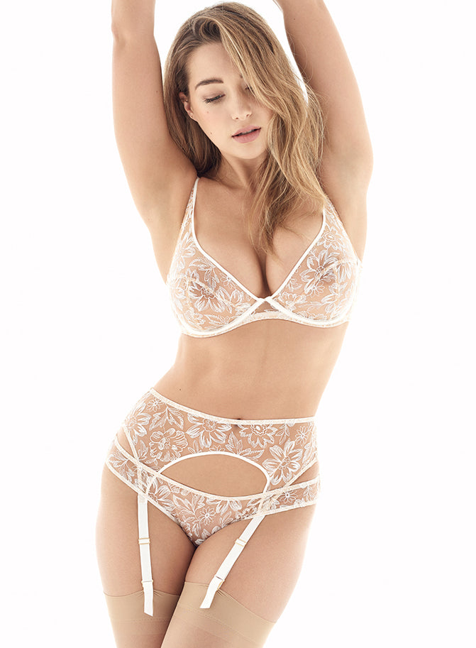 Columbia Road | Luxury White Floral Lace Lingerie Set | Myla