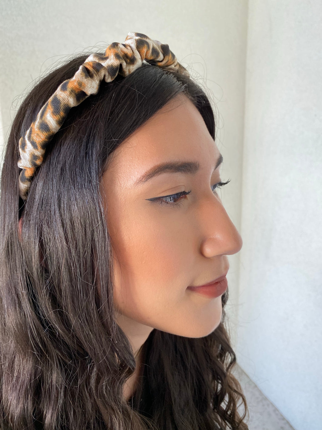The Valentina Crinkle Headband in Cheetah