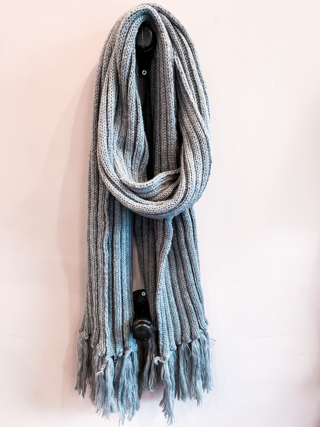 Oversized Ribbed Tassel Scarf