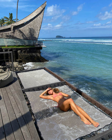 10 Poses To Try When You Want to Snap a Seriously Good Bikini Photo