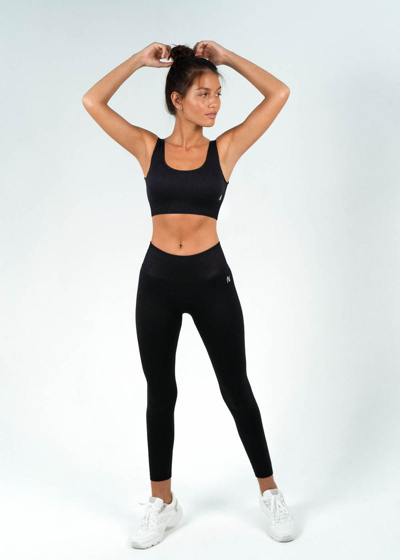 seamless tights with sports top