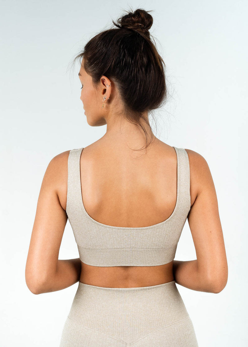 seamless ribbed sports bra