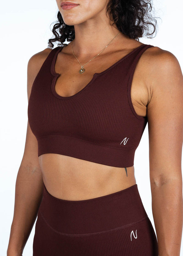 Ribbed Sleeveless Crop Top In Burgundy