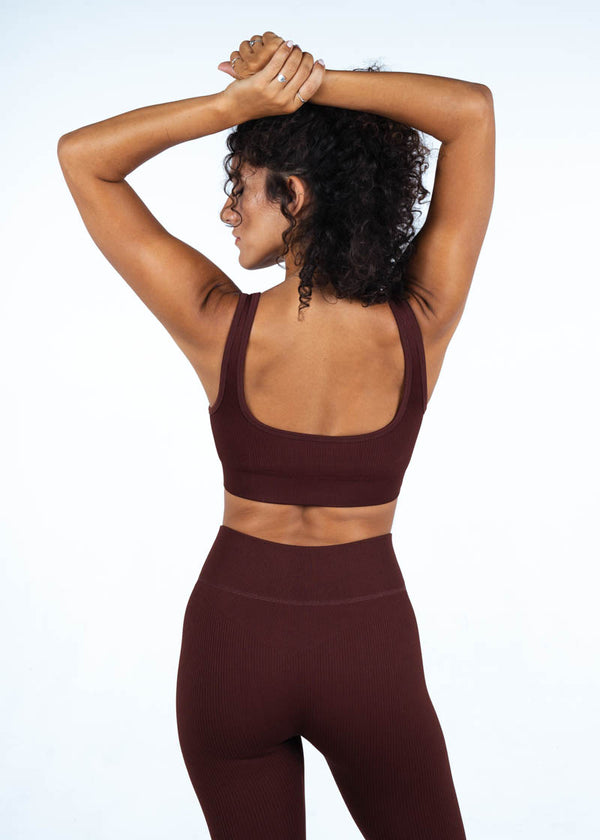 Ribbed Sports Top In Burgundy