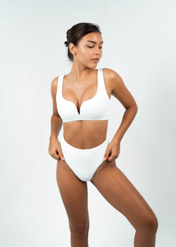 v wire bikini top with underbust elastic