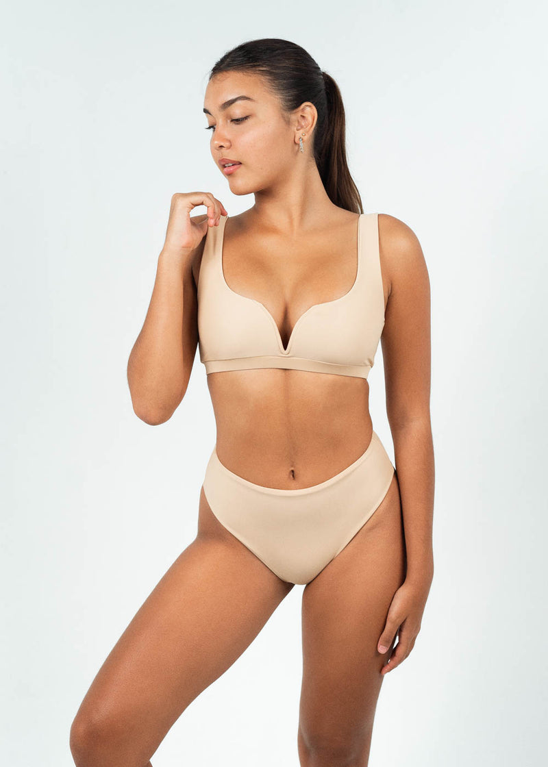 v wire bikini top with high waisted bottoms