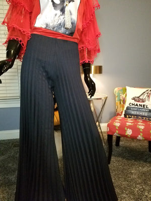 Honey Love Pleated Pants