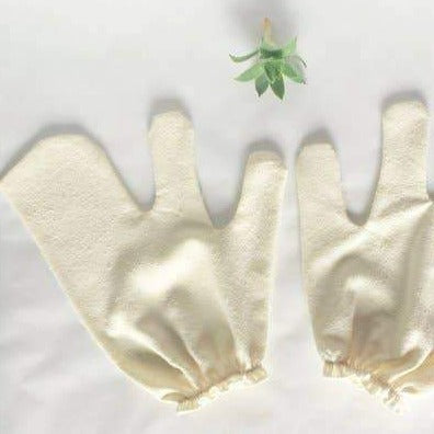Load image into Gallery viewer, Raw Silk Dry Brushing Gloves