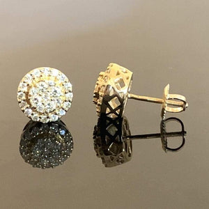 0.75ctw Diamond Stud Earring in 10 kt Yellow Gold!