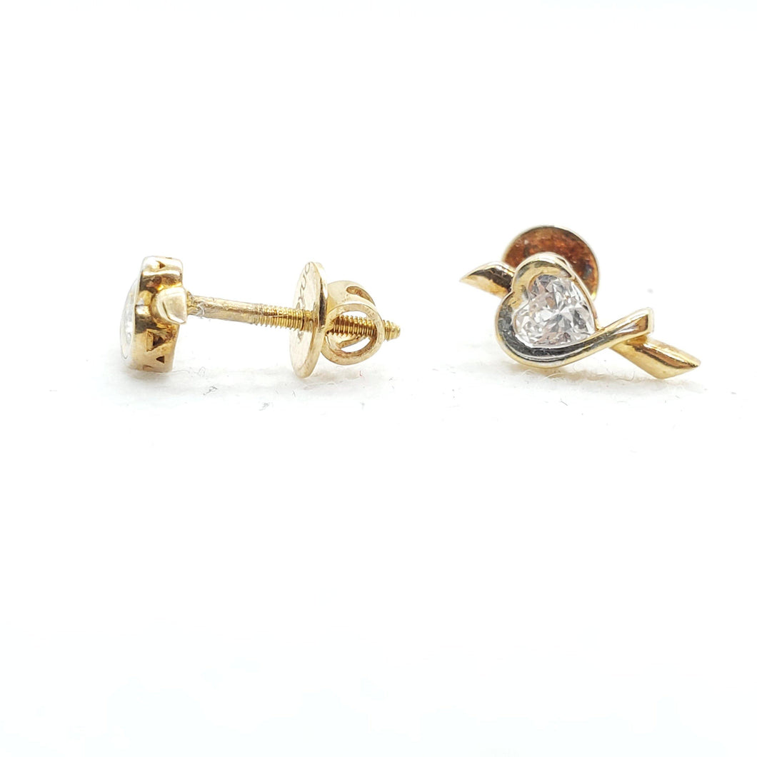 22Kt Gold Flower Stud Earring with Cubic Zirconia