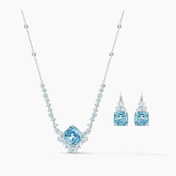 Swarovski Beautiful Sparkling Crystal Set in Aqua Color - QueensDiamondandJewelry