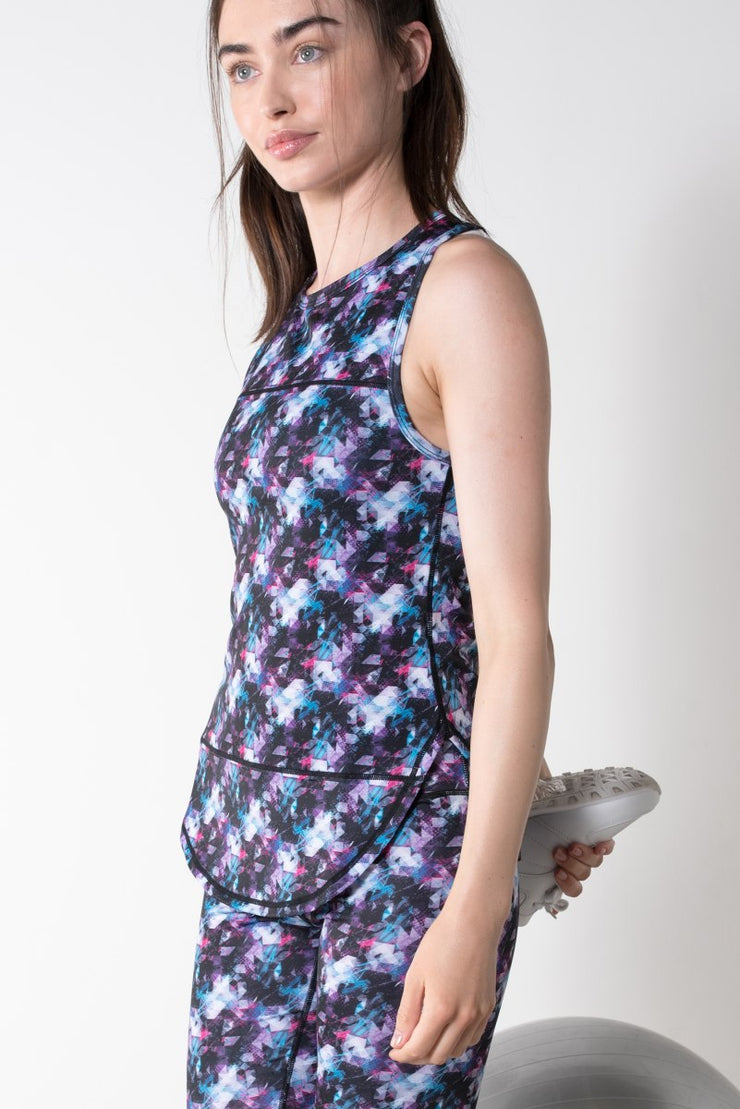 Geometric Print Active Top
