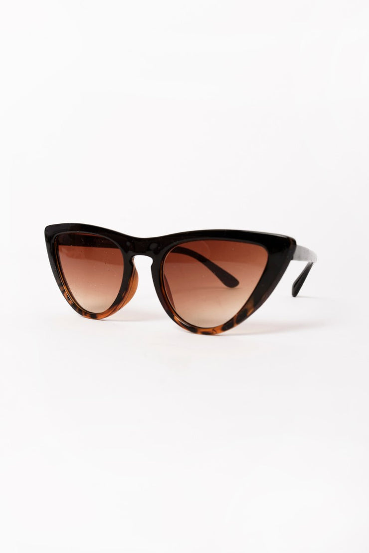 Cat Eye Glasses - Brown