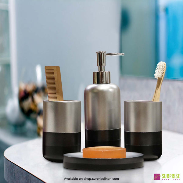 Surprise Home - Recto Series 4 Pcs Bath Set (Silver)