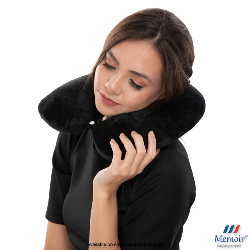 Memoir - Memory Foam U-Neck Travel Pillow