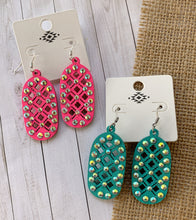 Load image into Gallery viewer, Essa Earrings