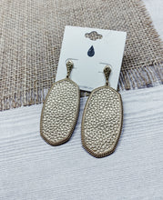 Load image into Gallery viewer, Laine earrings