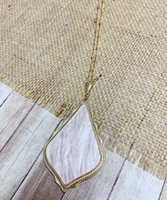 Load image into Gallery viewer, Adie Necklace