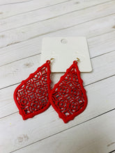 Load image into Gallery viewer, Monnie Earrings