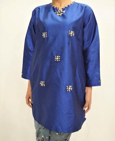 Kurung Manik by MEK (Defect) in Electric Blue (XL)