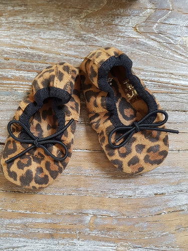 chausson cuir bebe tocoto vintage booties baby family affaire