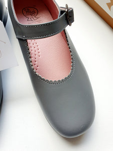 CAMINITI NEW girl shoes 32
