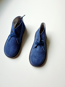 BLUE boys or girls shoes 30/31/33/34