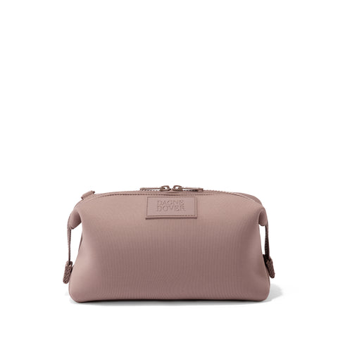 Hunter Toiletry Bag in Dune, Large