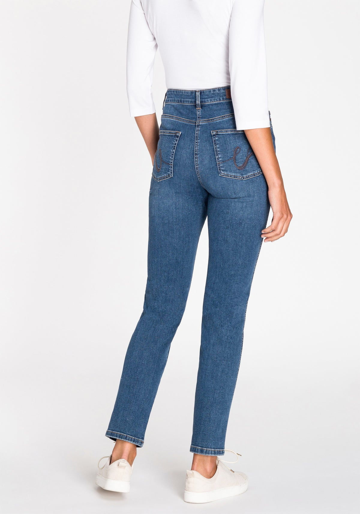Mona Slim 5-Pocket Jeans