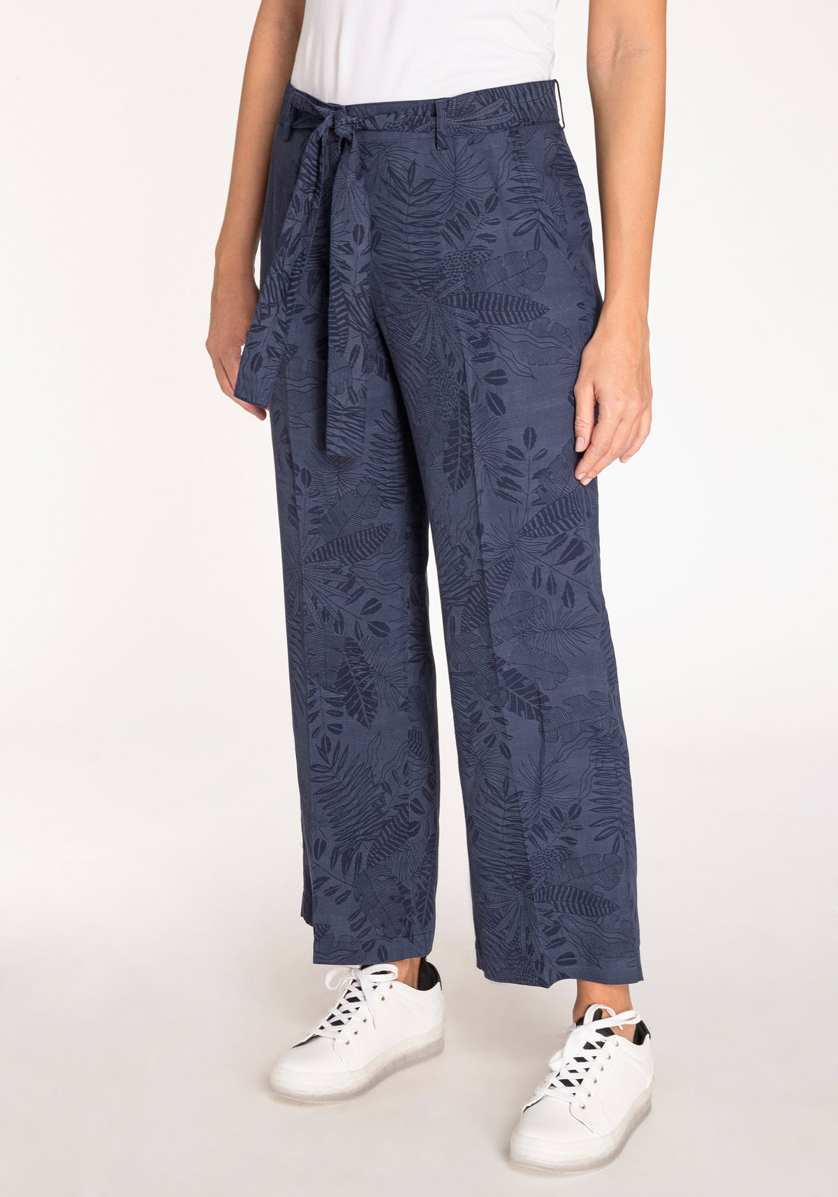 Anna Fit Cropped Wide Leg Trousers with Tonal Foliage Print & Matching Waist Tie