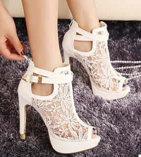New Fashion Women High Heels White Lace Flowers Ladies