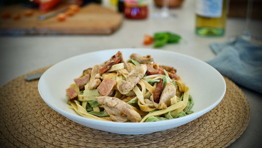 Ready-made meal - Chicken Fettuccine Carbonara