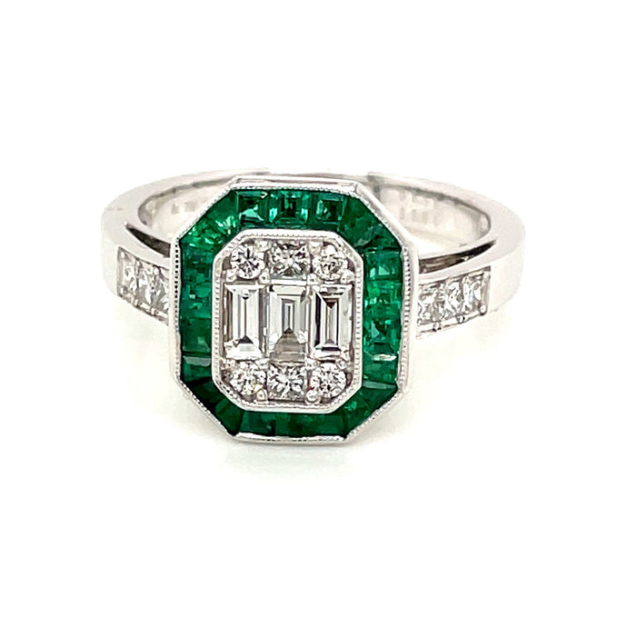 18k White Gold Diamond & Emerald Cluster Ring