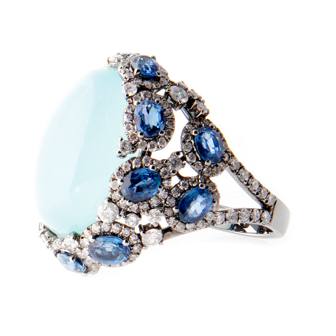 18k White Gold Aquamarine Cabochon diamond and sapphire Statement Ring