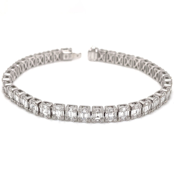 195 baguette cut 5.58ct 156 brilliant cut 1.10ct 18k white gold diamond bracelet