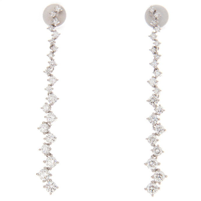 18k White Gold Dangle Earrings